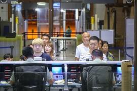 海南对59国免签政策实施首日:767名外国游客免签入境