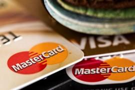 """代办大额信用卡和贷款的神秘""""代理人"""""""