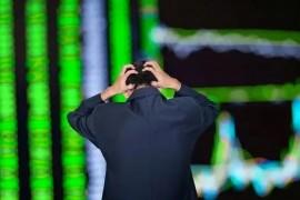 股票跌破年线应如何应对?