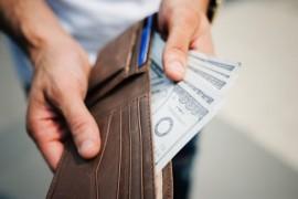 年增30%的消费金融,给低收入低学历者带来了什么?